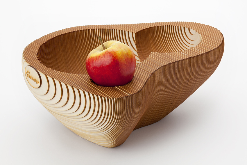 fruit bowl wood with apple